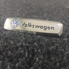 Шильдик для автоковриков volkswagen глянцевый цветной